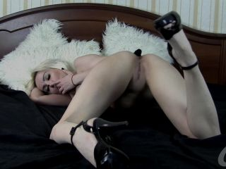 KsuColt - Spread my holes - exciting fisting