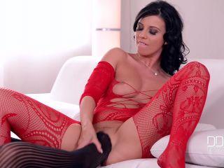 Vicky Love Cherry Kiss - Lesbian She-Devils -