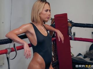 Carter Cruise, Kira Noir - Slippery Showdown