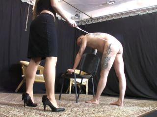 Corporal Punishment – Elegant femdom – Lady Ann canes the loser