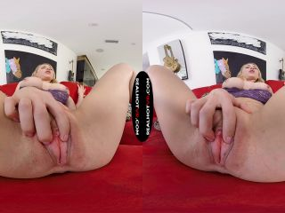 [VR] Stepmom Lives Out Fantasy Of Being Fucked By Her Son