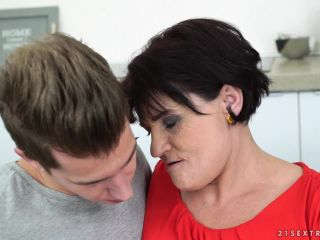 Sex Grandma Mature To Boy - Dolly Bee