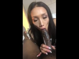G09237 Asian Sucks Bbc Chickencow619