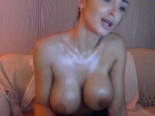 Stunning webcam girl