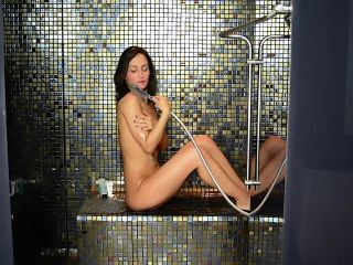 How can i serve u - Naked in the shower Water beading WET LOOK