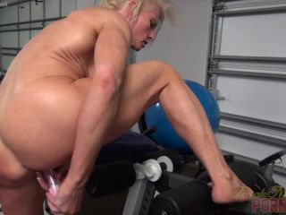 Mandy Foxx Furious Self Fucking