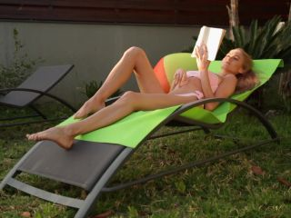 Solo - Nancy Ace - Backyard Tanning And