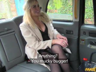 Creampie surprise pays taxi fare