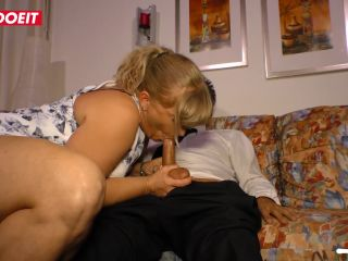 German mature wife cheats her husband and gets cum in mouth