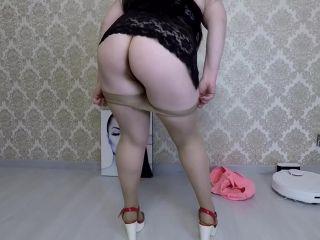Mistress Annalise - Nylon Pantyhose Full of Shit [FullHD 1080P] - Screenshot 1
