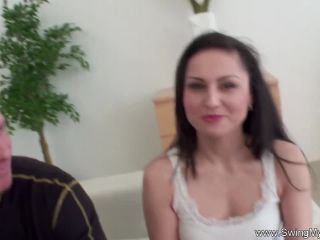 Spanish wife fucked before band