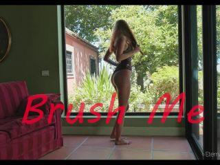 Agatha Vega – Brush ME