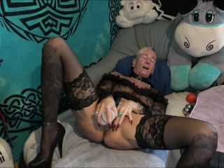 Lady-isabell666 my biggest giant ball u an iron ball and then fuck until the prolapse
