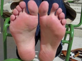 Wrinkled soles – Alize