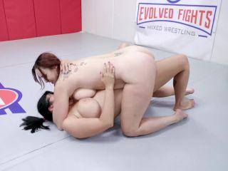 Bella Rossi, Nadia White - Bella Vs. Nadia [FullHD 1080P] - Screenshot 2