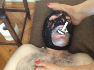 Masochist ashtray