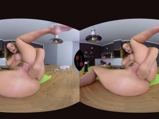 Cindy Dollar in Czech VR Fetish 092 – Gigantic Dildo in Tiny Pussy