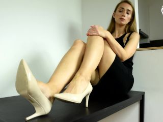 czech soles - my feet for your credit card
