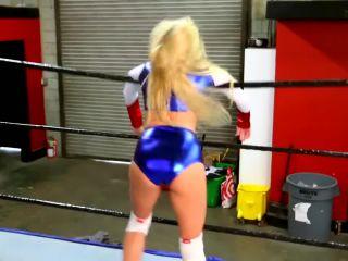 Superheroine Mixed Wrestling