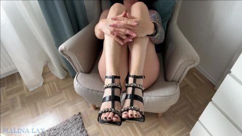 Malina-Lay - Göttliche Füße und DirtyTalk bringen dich zum abspritzen [FullHD 1080P]