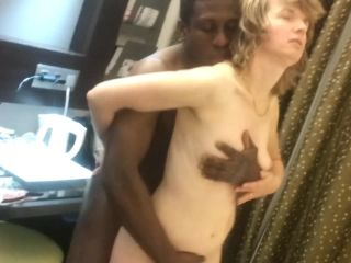 G05613 Black Friend Fuck White Slutwife