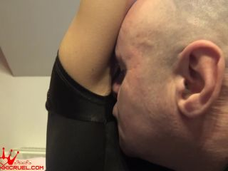 Armpits Sniffing – Princess Nikki Cruel – Armpit cleaner slave