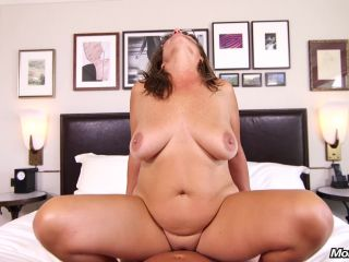 M0mP0v - Carry Ann (Sexy Cougar Slut Prime For Porn)