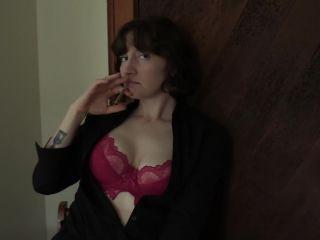Bettie Bondage - Smoking with Mom - Creampie