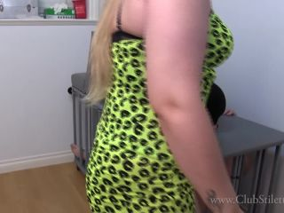 Pussy Worship – Club Stiletto FemDom – I Need Someone to Lick That Out Cucky