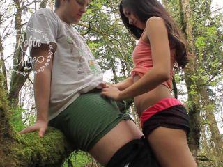 MyFreeCams Webcams Video presents Girl RobinMae in Nature Blowjob