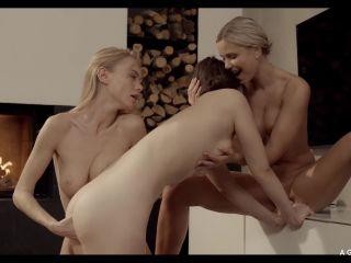 AGirlKnows presents Lola Myluv & Nancy A & Ellie Leen in Nice and Warm –