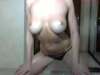 barrrbi 150515 0257 female