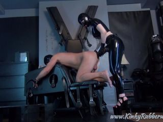 Latex Porn — 7738 — Latex Lucy — Take The Xxl Strap-On
