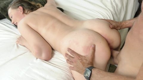 Samantha Reigns - Samantha Reigns Drips Cum from Her Tight Pussy [FullHD 1080P]