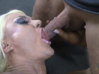 Lisa Cross, Her Big Clit, A Big Cock, and a Huge Cumshot 3/3