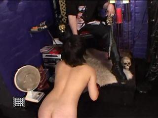Masters Suspends Jap Slave girl