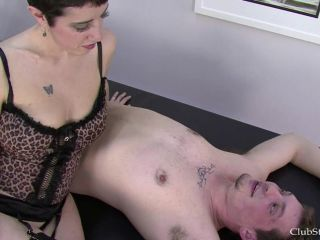 Clubstiletto – Countess Isabella – It's Complicated