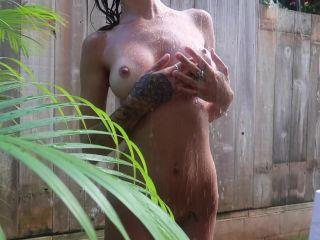 AvaFae Onlyfan Outside Naked Shower Video - Hot Webcam Video, Girl Web ...