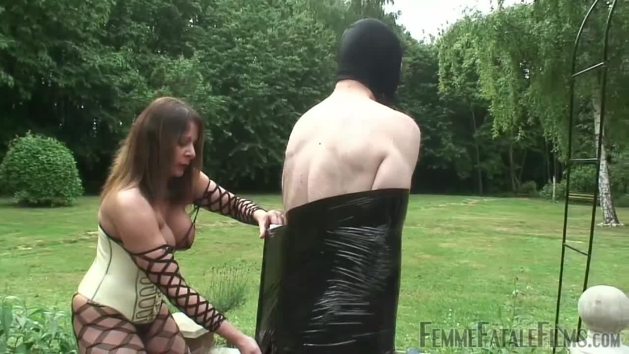 Slave kik sex Female Submissive