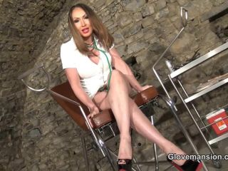 Glove Mansion – Prostate therapy by Yasmin part 1