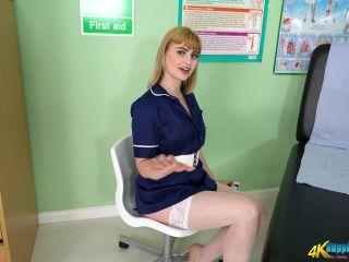 BoppingBabes — Naughty Nurse Elle