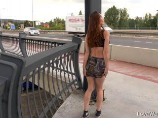 Cynthia Vellons - peeing scene 4K [UltraHD/4K 2160P] - Screenshot 2