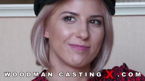 Amy Douxxx - Amy Douxxx (720p)