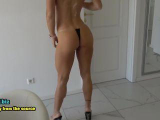 Fitness-Maus - Sex im Micro-Bikini - Sieh mein Fick-Gesicht ganz nah  - germany - german sexy amateur sex