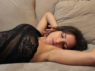 Femmbreze – ChiChi Medina – What A Girl To Do
