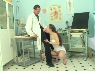 I Love My Gynecologist Scene 4