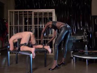 Kinky Mistresses – Black Mamba – Strap-on Fucking and CP