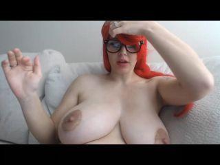 Massive tits amateur girl