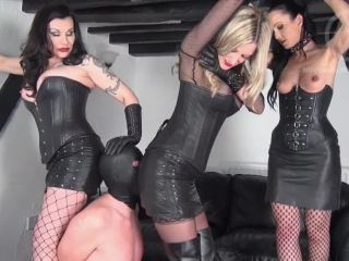 mistress nikki whiplash  wl1283 leather lover  masturbation games