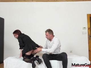– Horny mature Linda gaped and fucked hard by Samuel